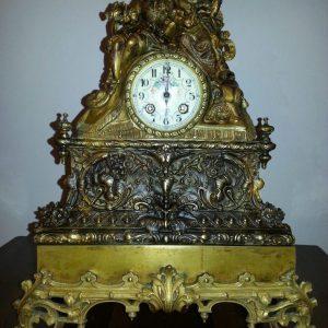 Часы каминные Галантная сцена 19 век