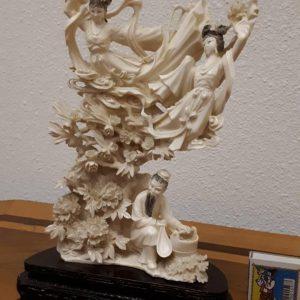 Скульптура Три феи