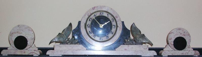 Часы Ар-Деко каминные антикварные 1930 год
